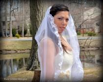 wedding photo - FREE SHIPPING Ready to ship wedding veil, lace veil Bridal veil,Wedding Bridal Mantilla lace veil One-tier Fingertip Veils With Lace Edge
