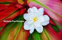 wedding photo - BRIDAL HAIR FLOWER, Hawaiian Triple Plumeria, Tropical Hair Clip, Silk Flowers, Hair pin with crystal, Headpiece, Pearls, Beach, Wedding
