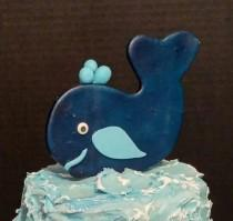 wedding photo - Whale, anchor, shells, life preserver: Edible fondant/gum paste cake decorations