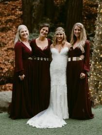 wedding photo - Fairytale Forest Wedding With Feather Touches - Weddingomania