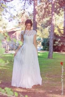 wedding photo - Wedding Dress, Bohemian Wedding Gown, Boho Bridal Dress, Long Wedding Dress, Ivory Lace Dress, Lace Wedding Dress Handmade bySuzannaMDesigns