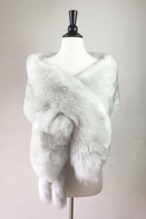 0527beef870d light gray fur shawl, Ivory fur bridal wrap, Wedding Fur shrug, faux Fur  Wrap, Bridal Faux Fur Stole Fur Shawl Cape, wedding faux fur wrap