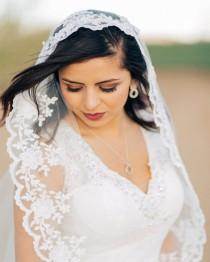 wedding photo - Mantilla Lace Wedding Veil