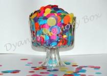 wedding photo - Rainbow Medium Large Mix Hand-Cut Circles Tissue Confetti for Weddings/Flower Girl Photo Prop Graduation