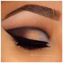 wedding photo - Dark Eye Shadow