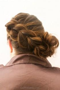 "wedding photo - ""Day By The Pool"" Pull Through Braid With Side Bun Hair Tutorial"