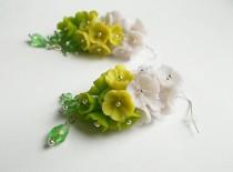 wedding photo - Polymer clay dangle earrings Flower green earrings Turquoise earrings Mint jewelry Handmade Floral jewelry Holiday earrings Flower jewelry