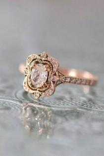 wedding photo - Oval Engagement Rings As A Way To Get More Sparkle