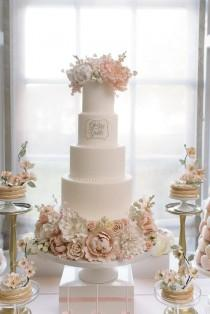 wedding photo - Four Layered White Cake