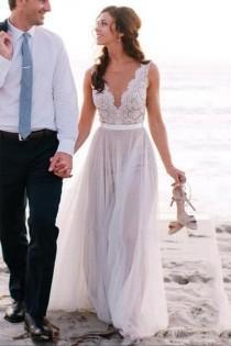 wedding photo - Elegant Scoop Neck Lace A Line Tulles Beach Wedding Dress WD034