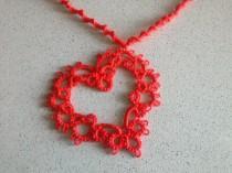 wedding photo - Collana rossa con cuore a chiacchierino - Tatting jewelry - Heart Necklace - Regalo per lei - San Valentino - Handmade - Made in Italy