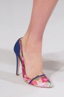 wedding photo - Oscar De La Renta At New York Spring 2014 (Details)