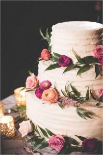 wedding photo - 20 Beautiful Buttercream Wedding Cake Ideas