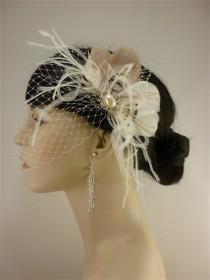 wedding photo - Wedding Hair Accessory, Feather Fascinator, Bridal Fascinator, Bridal Hair accessory, Bridal Veil, Wedding Veil