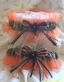 wedding photo - Realtree camo with ORANGE wedding garter set