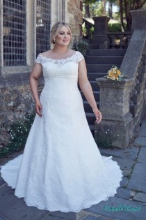 wedding photo - Plus Size Lace Wedding Dress Bridget