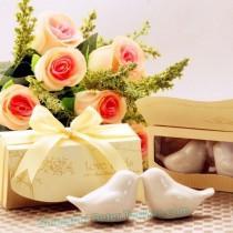 wedding photo - Beter Gifts®  Love Birds Salt and Pepper Shakers Wedding Door Gifts TC007