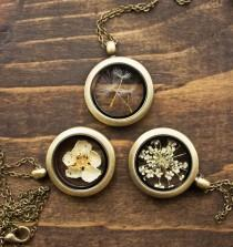 wedding photo - Terrarium Jewelry By Ruby Robin Lets You Take Tiny Bits Of Nature With You