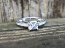 wedding photo - Vintage 925 Sterling Silver CZ and Lab Opal Ring
