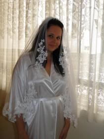 wedding photo - Lace veil, Bridal veil, traditional veil, romantic veil