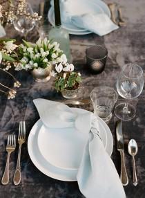 wedding photo - Seasonal Flowers :: White Flower Arrangements for Weddings