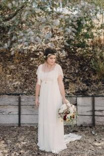 wedding photo - Plus Size Wedding Dresses2016 Sleeves Lace Country A Line Scoop Long Backless Romantic Bohemian Wedding Dress
