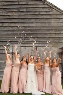 wedding photo - 50 Must-Have Photos With Your Bridesmaids