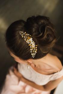 wedding photo - bridal hair comb gold bridal comb swarovski pearl comb bridal headpiece wedding hair comb hair accessories bridal hairpiece bridal hair comb
