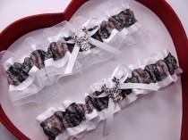 wedding photo - New White Mossy Oak Camouflage Camo Wedding Garter Hunting Deer Hunter Chick Prom GetTheGoodStuff