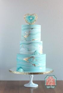 wedding photo - Marble Wedding Cake
