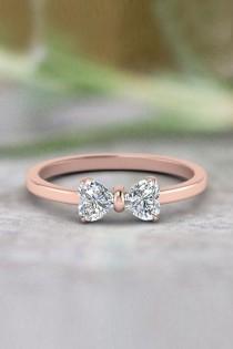 wedding photo - 2 Heart Shaped Bow Diamond Ring