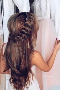 wedding photo - 18 Super Cute Christmas Hairstyles For Long Hair