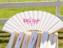 wedding photo - Hot weather favors: big-ass wedding fans!