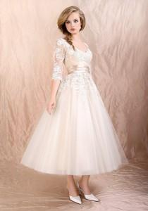 wedding photo - Retro 50s 60s Tea Length Long Sleeves Lace Tulle Formal Wedding Dress