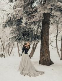 wedding photo - This Snowy Proposal Will Warm Your Heart