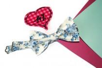 wedding photo - Ivory bow tie Blue bow tie Floral bow tie Men's bow tie Wedding bow tie Groom's bow tie Ringbearer bow tie Groomsmen bow ties Self tie hjyoi