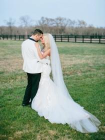 wedding photo - 108 inch classic, simple, plain, sheer, cathedral veil, single tier, wedding veil, bridal veil, diamond white, light ivory, blush, oyster