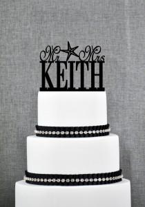 wedding photo - Beach Theme Last Name with Starfish Wedding Cake Toppers, Personalized Wedding Cake Topper, Mr and Mrs Wedding Cake Topper- (T034)
