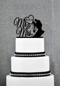 wedding photo - Mr and Mrs Silhouette Couple with DATE Wedding Cake Topper, Classic Wedding Cake Topper, Elegant Custom Wedding Cake Topper- (S227)