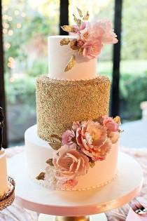 wedding photo - Southern Mountain Wedding With Pretty Pink And Gold Sparkle Details