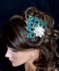 wedding photo - Peacock Hair Clip. Peacock Feathers bride-bridesmaids fascinator Hair Clip. Stunning , Bridal, Wedding, Bridesmaids.  - PIA -