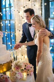 wedding photo - A New Orleans Destination Wedding that is The Epitome of Romantic Glamour - Belle The Magazine