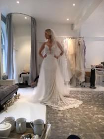wedding photo - Royal Cathedral Wedding Veil Smooth Edge Full Cut Bridal Accessories