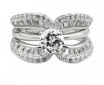 wedding photo - FINE JEWELRY DiamonArt Cubic Zirconia Sterling Silver Crescent Ring Guard