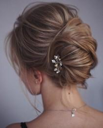wedding photo - This French Twist Updo Hairstyle Perfect For Any Wedding Venue