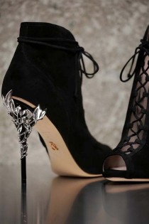 wedding photo - Ralph And Russo Autumn Winter 2016 2017 Shoes Collection