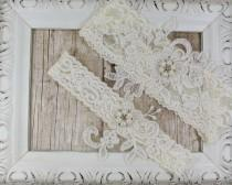 wedding photo - Light Ivory Pearl Beaded Lace Wedding Garter Set , Ivory Lace Garter Set, Toss Garter , Keepsake Garter, Bridesmaid Gift, Prom, Wedding Gift