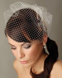 "wedding photo - Birdcage veil 10"" Short white veil Bridal veil White Fascinator Veil French netting veil Russian netting veil Wedding Fascinator Bridal veil"
