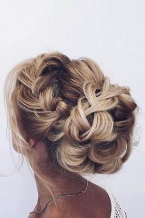 wedding photo - Gallery: Braided Wedding Hair Updo Ideas Via Ulyana Aster