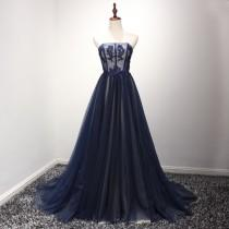 wedding photo - Simple Design A-Line Scoop Necline Delicate Lace Beading Wedding Dress With Small Train Royal Blue Prom Dress 2017 Women Evening Dress Long
